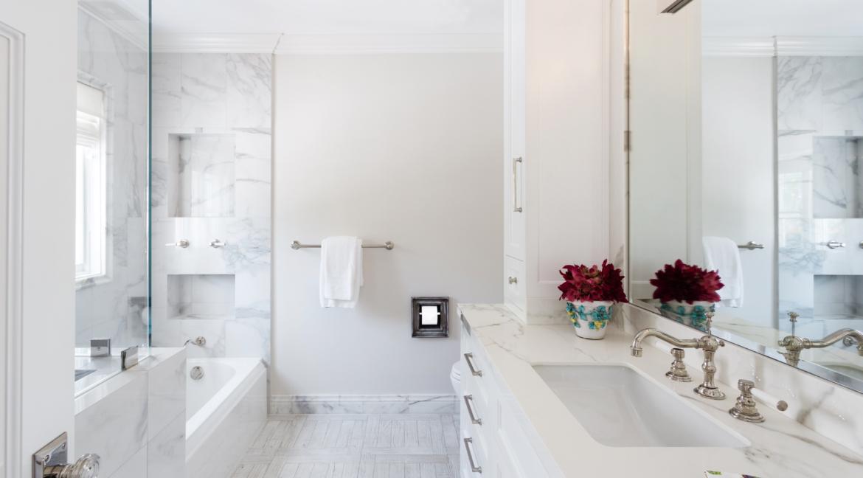 38 - Bedroom 3 bath Full