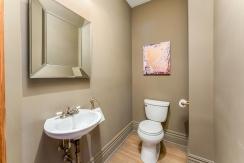 25-bathroom1-001
