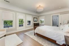32-bedroom1-001