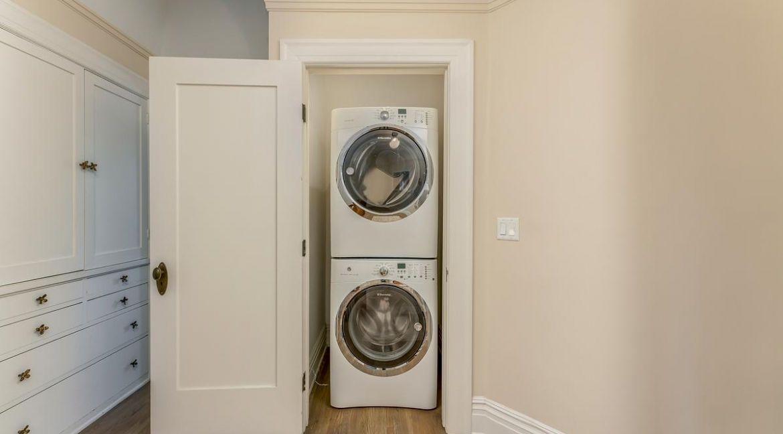 36-laundryroom-001