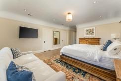 39-bedroom2-001