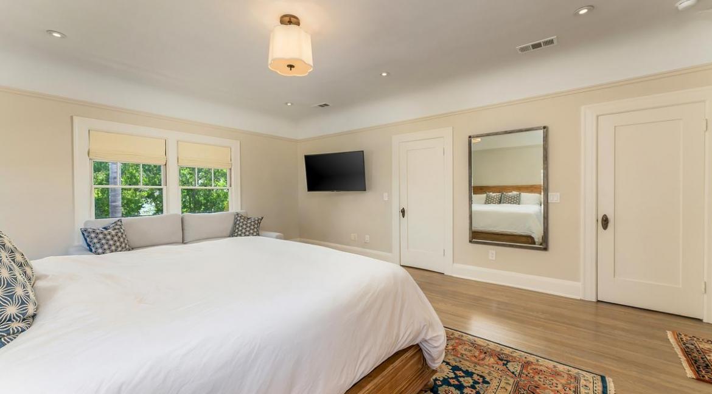 41-bedroom2-001
